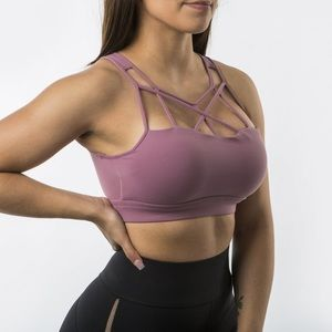 Buffbunny cages up sports bra
